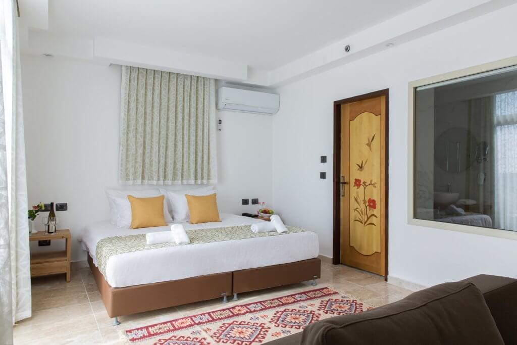 חדר במלון סמארט הוטלס